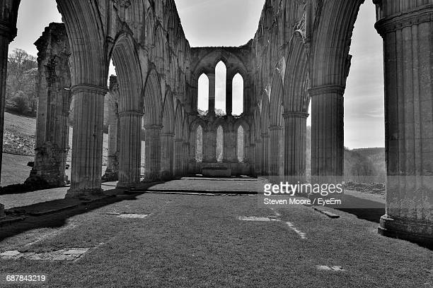 ruined historical building - rievaulx abbey stock pictures, royalty-free photos & images