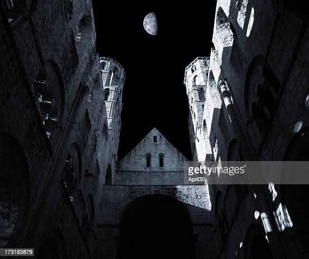 Ruines de nuit
