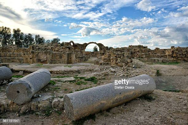 ruins at paphos archeological site - パフォス考古学公園 ストックフォトと画像