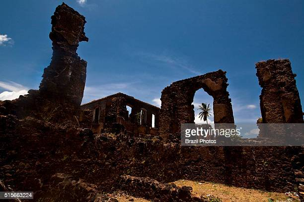 Ruins at Rua da Amargura , Alcantara, Maranhao, Brazil - in the background can be seen the Palacio Negro a former slave market.