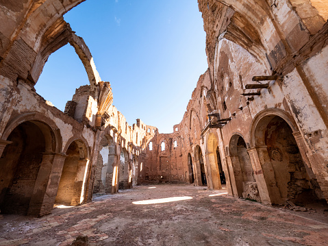 Ruins of a church destroyed by war. San Martin de Tours church. Belchite, province of Saragossa, Aragon, Spain. - gettyimageskorea