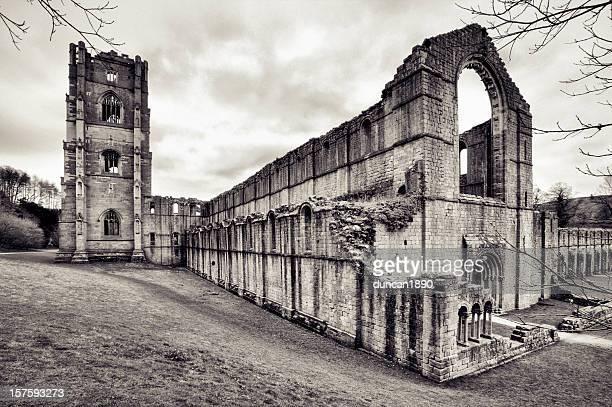 噴水の修道院遺跡