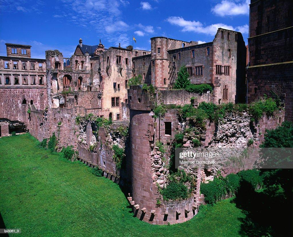 Ruins Of Heidelberg Castle Heidelberg Germany High-Res ...