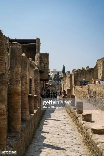 ruins of herculaneum (ercolano) - ヘルクラネウム遺跡 ストックフォトと画像