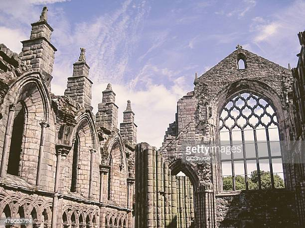 ruins of holyrood abbey, edinburgh - david cannon stock pictures, royalty-free photos & images