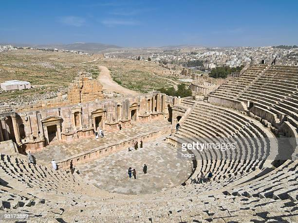ruins of jerash, jordan - amphitheatre stock photos and pictures