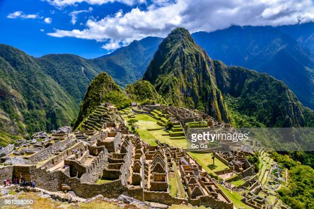 ruins of machu picchu, inca trail, andes, peru - peru stock pictures, royalty-free photos & images