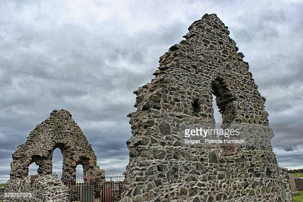 ruins of st mary's chapel, rattray - rattray head stock pictures, royalty-free photos & images