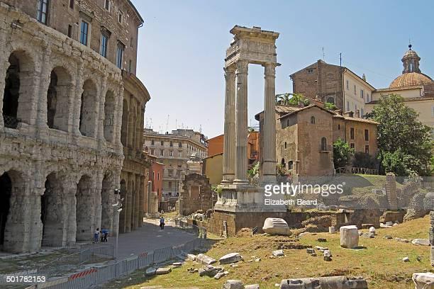 CONTENT] Ruins of Teatro di Marcello and the Temple of Apollo adjacent to the historic Jewish Ghetto area of Rome