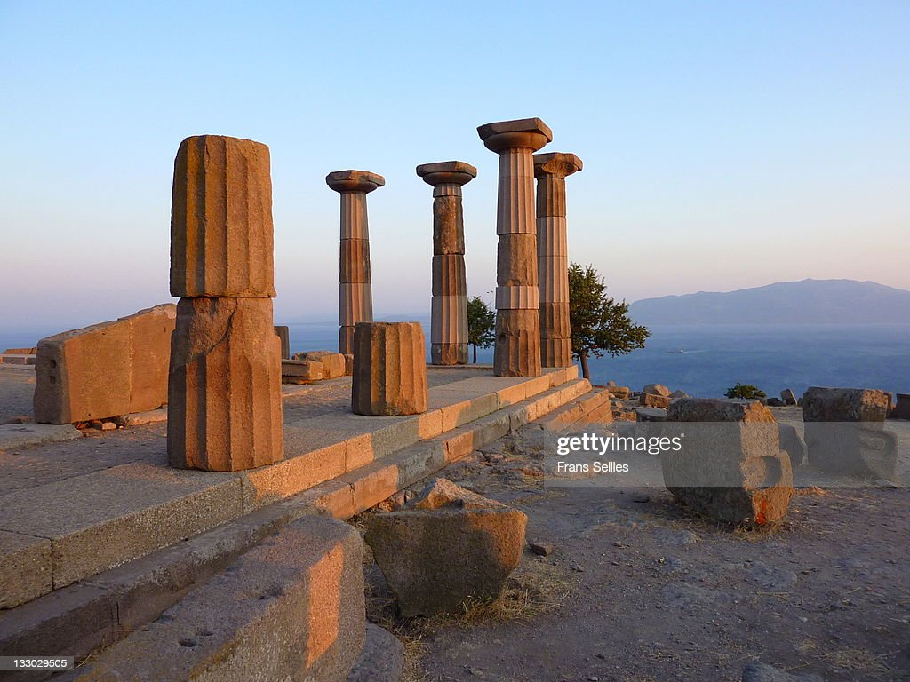 Ruins of temple of Athena in Assos  (The i : Stockfoto
