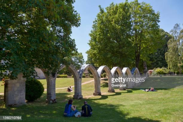 コンピエーニュのヤコビン修道院の遺跡 - コンピエーニュ ストックフォトと画像