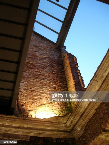 ruins park - leonardo costa farias stock pictures, royalty-free photos & images