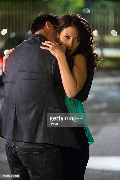 GIRLFRIENDS' GUIDE TO DIVORCE Rule Career Day Is Not For Pussies Episode 201 Pictured Lisa Edelstein as Abby