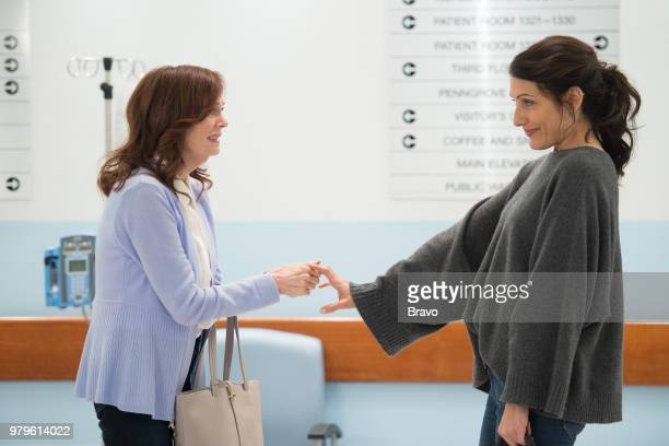 GIRLFRIENDS' GUIDE TO DIVORCE 'Rule Let Them Eat Cupcakes' Episode 403 Pictured Lesley Ann Warren as Dina Lisa Edelstein as Abby McCarthy