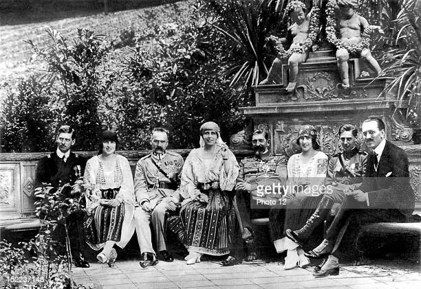 Rumania The Rumanian royal family at their residence of Sinaia, Left to right, crown prince Carol, princess Helene, marshal Pilsudski, Queen Marie,...