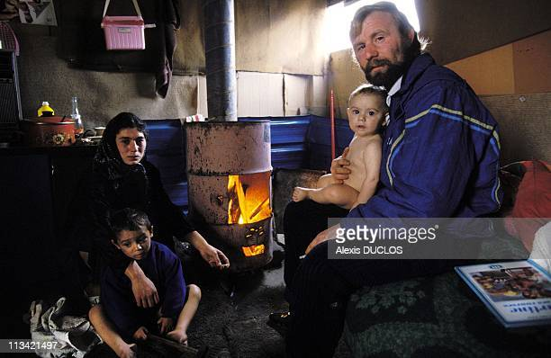 Rumanian Refugees In Nanterre On November 25th 1992