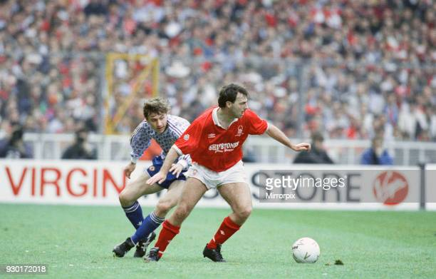 Rumbelows Cup Final at Wembley Stadium Nottingham Forest 0 v Manchester United 1 Action from the match Andrei Kanchelskis battles for the ball with...