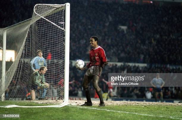 Rumbelows Cup Semi Final - Manchester United v Middlesborough, Paul Ince celebrates after Ryan Giggs had scored a goal for United.