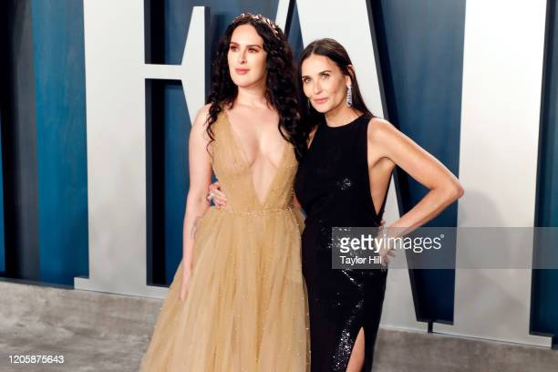 Rumer Willis and Demi Moore attend the Vanity Fair Oscar Party at Wallis Annenberg Center for the Performing Arts on February 09 2020 in Beverly...