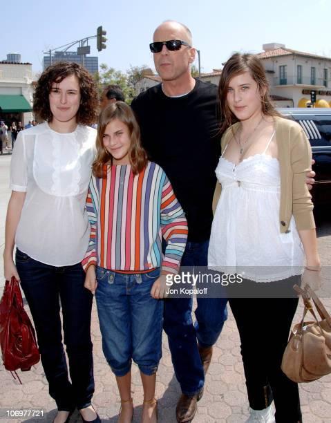 Rumer Willis, Tallulah Belle Willis, Bruce Willis and Scout Larue Willis