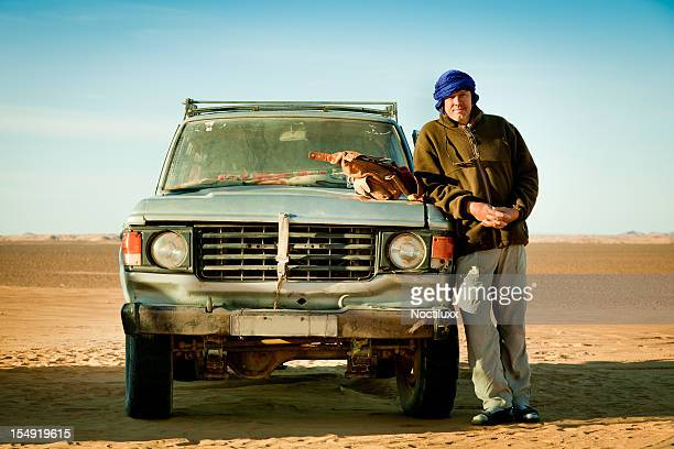 run down 4x4 in libyan desert - silver belt stock pictures, royalty-free photos & images