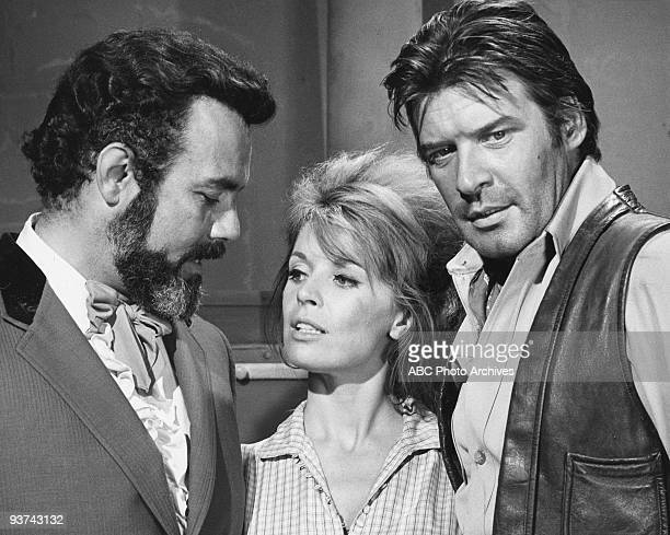 VALLEY 'Run of the Cat' 10/21/68 Pernell Roberts Juli Reding Peter Breck