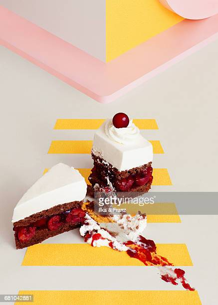 run over cake - roadkill stock photos and pictures