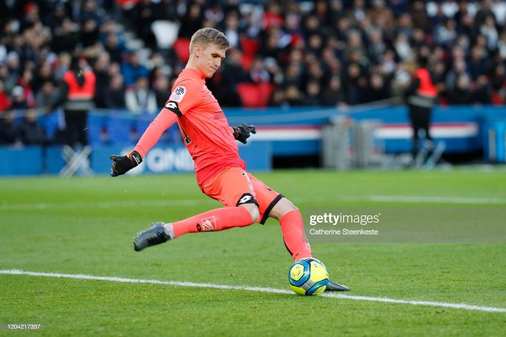 Paris Saint-Germain v Dijon FCO - Ligue 1 : News Photo
