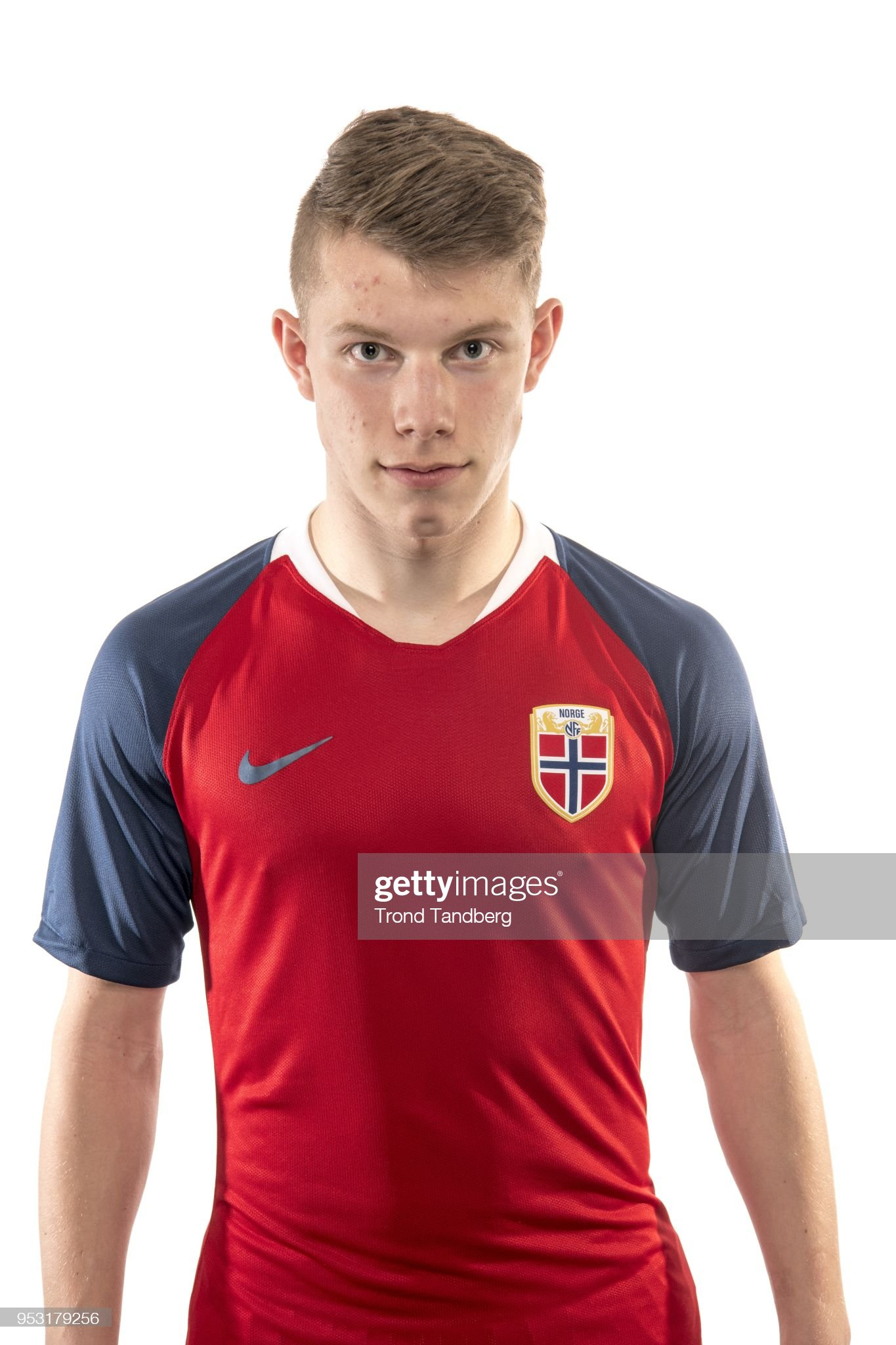 https://media.gettyimages.com/photos/runar-hauge-of-norway-poses-during-u17-photocall-at-ullevaal-stadion-picture-id953179256?s=2048x2048
