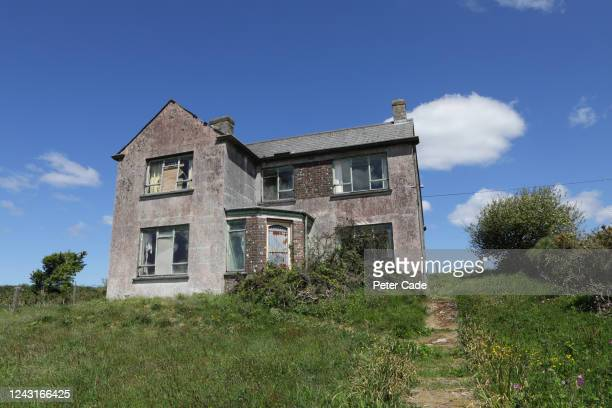 rundown, abandoned house - bad condition stock pictures, royalty-free photos & images