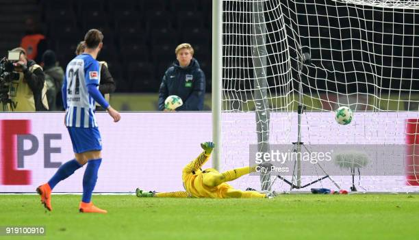Rune Almenning Jarstein of Hertha BSC during the first Bundesliga game between Hertha BSC and 1st FSV Mainz 05 at olympiastadion on February 16 2018...