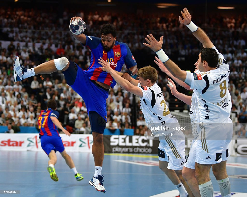 THW Kiel v Barcelona - EHF Champions League Quarter Final