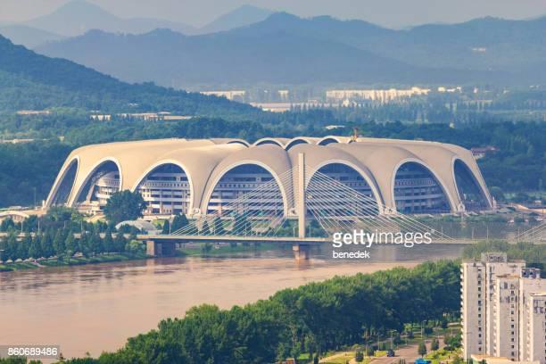 rungrado 1. kann stadion in pjöngjang nordkorea - nordkorea stock-fotos und bilder
