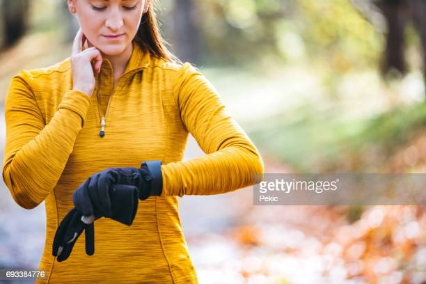 runner taking pulse - cardiac conduction system stock pictures, royalty-free photos & images