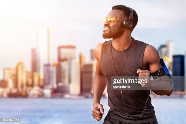 runner training outdoors - sleeveless stock pictures, royalty-free photos & images