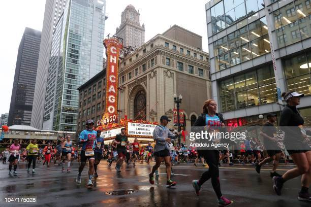 Runners compete during the 2018 Bank of America Chicago Marathon on October 7 2018 in Chicago Illinois United States