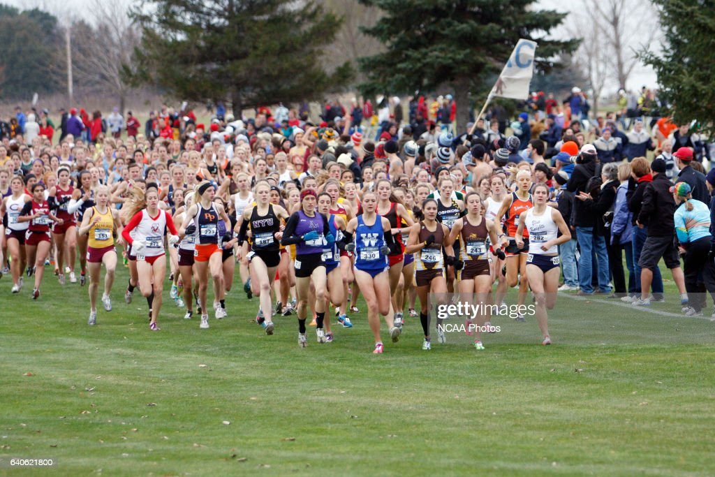 Runners compete during the Division III Women's Cross ...