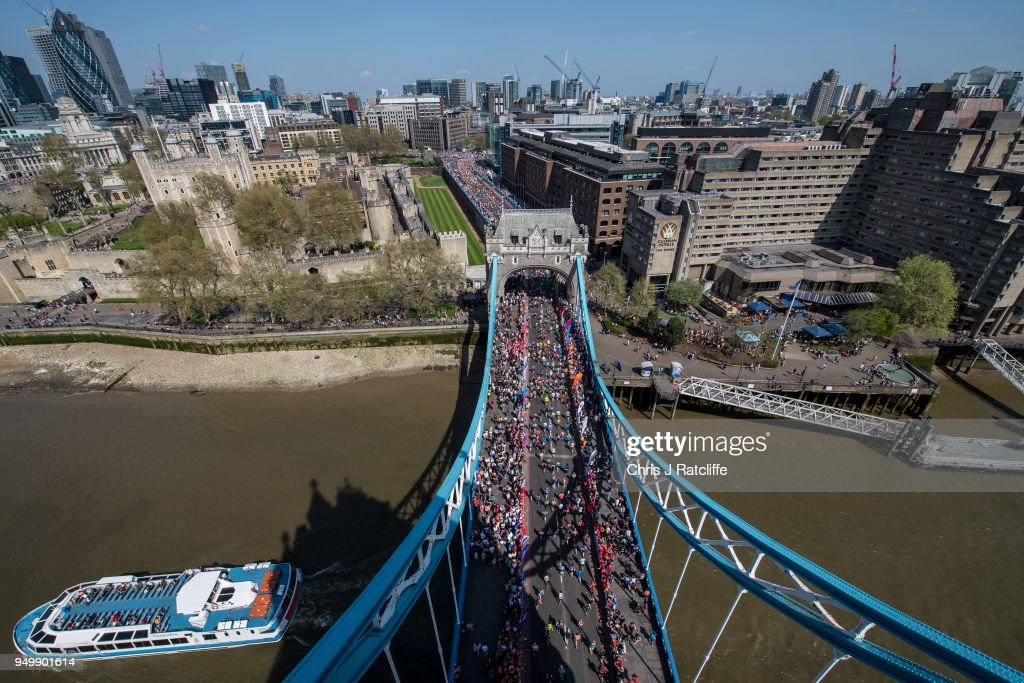 Thousands Of Runners And Spectators Take To the Streets For The London Marathon