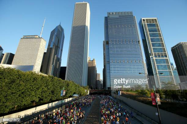 Runners make their way down Columbus Drive during the Bank of America Chicago Marathon on October 8 2017 in Chicago Illinois