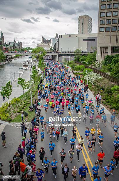 Runners on Colonel By Drive during Ottawa Race Weekend