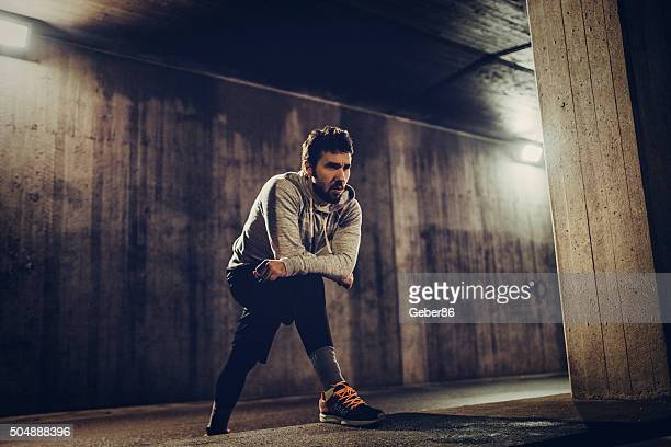 running at night - concentration stock pictures, royalty-free photos & images