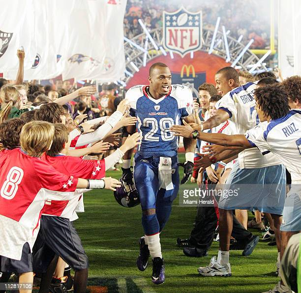 NFC running back Adrian Peterson receives a warm greeting as he is introduced before the start of the 2010 Pro Bowl on Sunday January 31 at Sun Life...