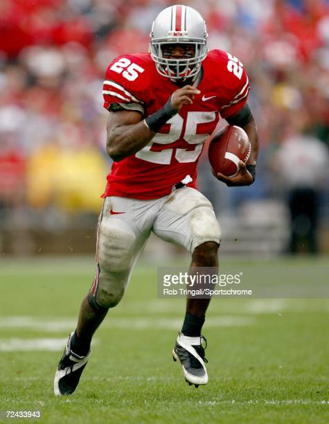 Running Back Antonio Pittman of the Ohio State Buckeyes runs with the ball against the Penn State Nittany Lions at Ohio Stadium on September 23, 2006...