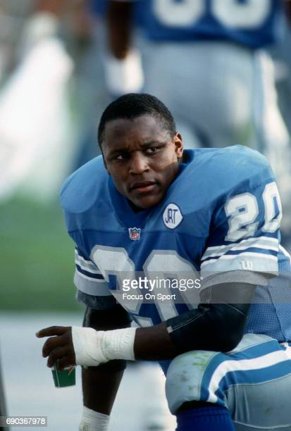 Running back Barry Sanders of the Detroit Lions looks on from the sidelines against the Tampa Bay Buccaneers November 10 1991 during an NFL football...