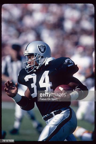 Oakland Raiders Stock Photos And Pictures Getty Images