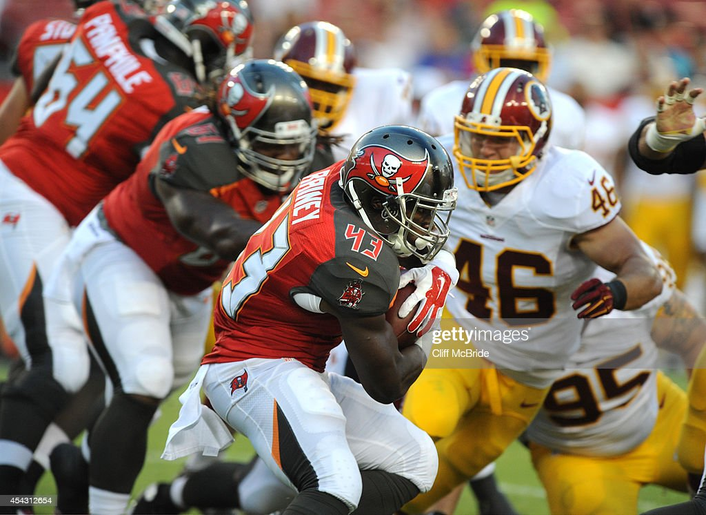 Washington Redskins v Tampa Bay Buccaneers : News Photo