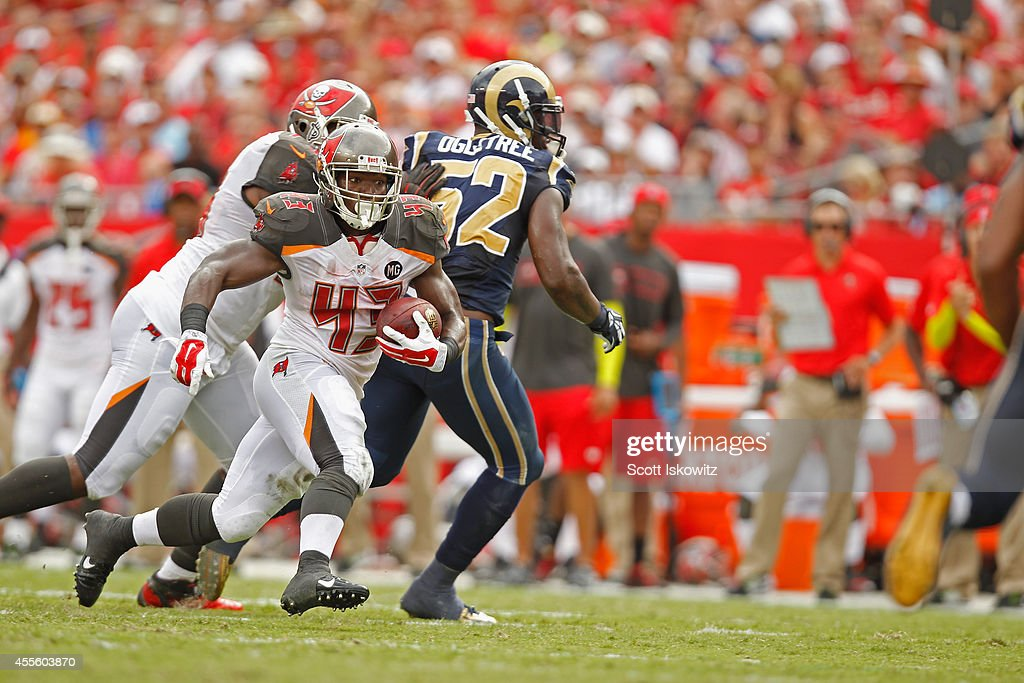 St. Louis Rams v Tampa Bay Buccaneers : News Photo
