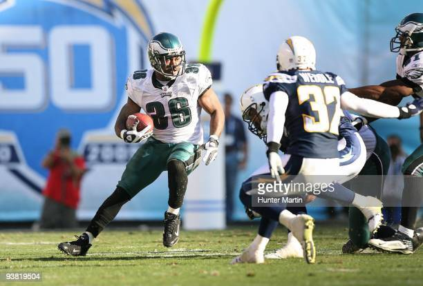 Running back Brian Westbrook of the Philadelphia Eagles carries the ball during a game against the San Diego Chargers on November 14 2009 at Qualcomm...
