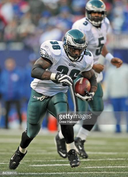 Running back Brian Westbrook of the Philadelphia Eagles runs the ball during the game against the New York Giants on January 11, 2009 at Giants...