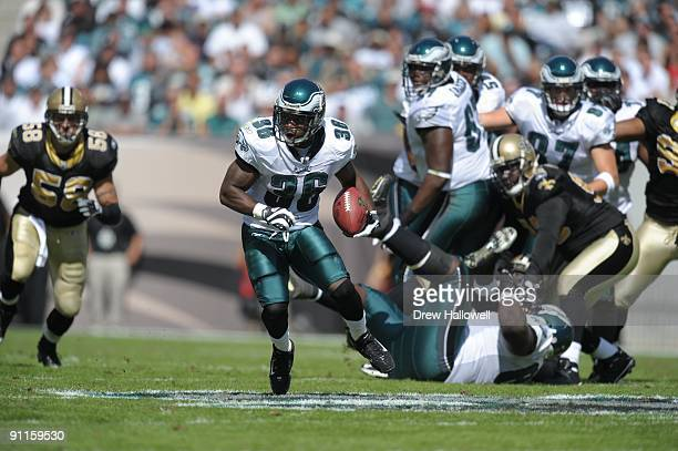 Running back Brian Westbrook of the Philadelphia Eagles runs the ball during the game against the New Orleans Saints on September 20 2009 at Lincoln...